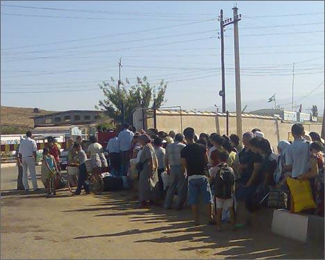 Очередь на узбекско-казахской границе
