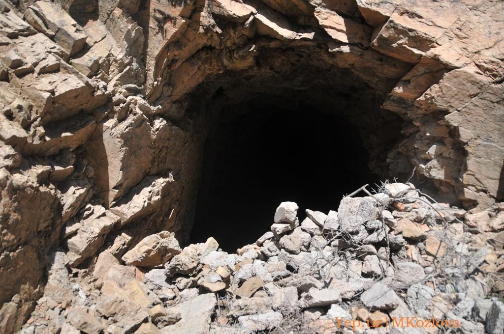 Штольня под Красногорском в Узбекистане нас ждет