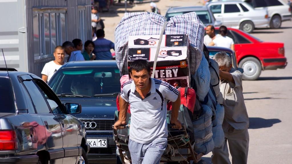Постановление ограничивает ввоз отдельных товаров физлицами в Узбекистан