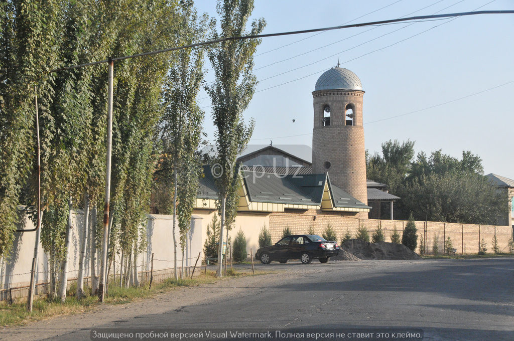 Мечеть в Ялламе