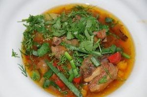 Суп мохора по-узбекски с горохом нут готов
